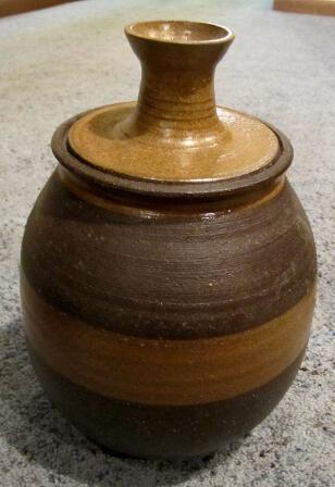 Unusual Vintage Studio Art Pottery Stoneware Jar w/lid Heavy