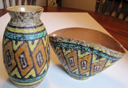 Pair Mid-Century Modern Italian Pottery Art Pottery Textured Fantoni Gambone Era